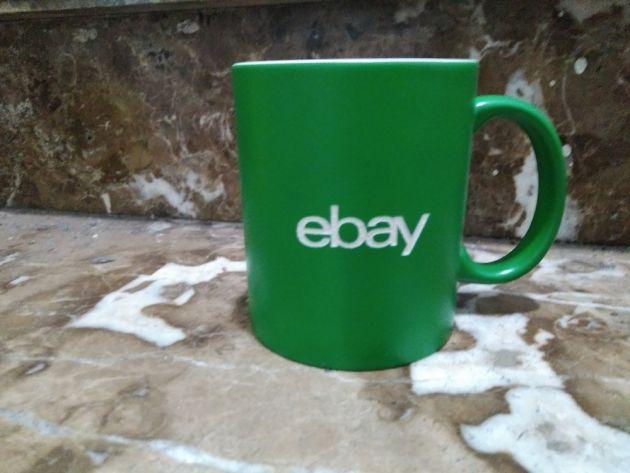 Grabación de tazas verde  de porcelana personalizadas para regalo de empresa de Ebay. Grabación láser