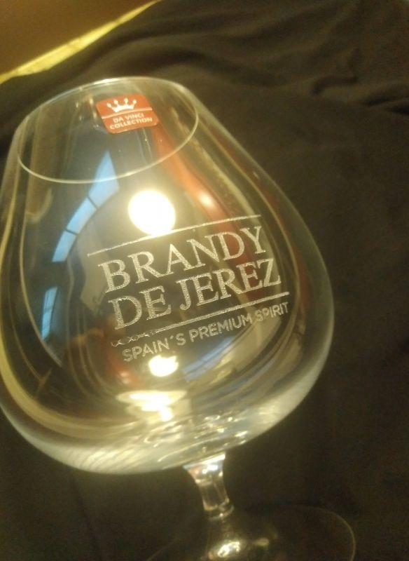 Brandy de Jerez, grabación copa de cristal personalizada