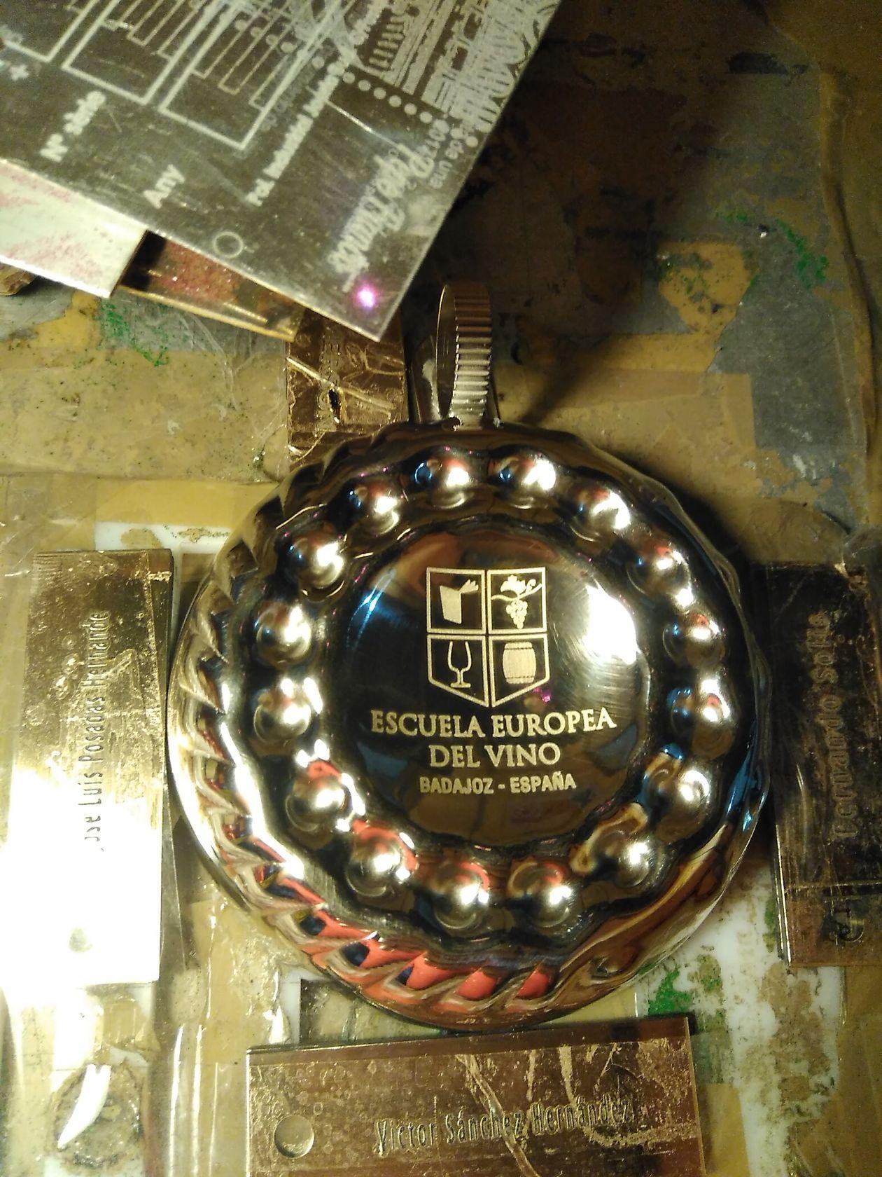 Catador de vino de metal y plata, grabación laser de metal plata