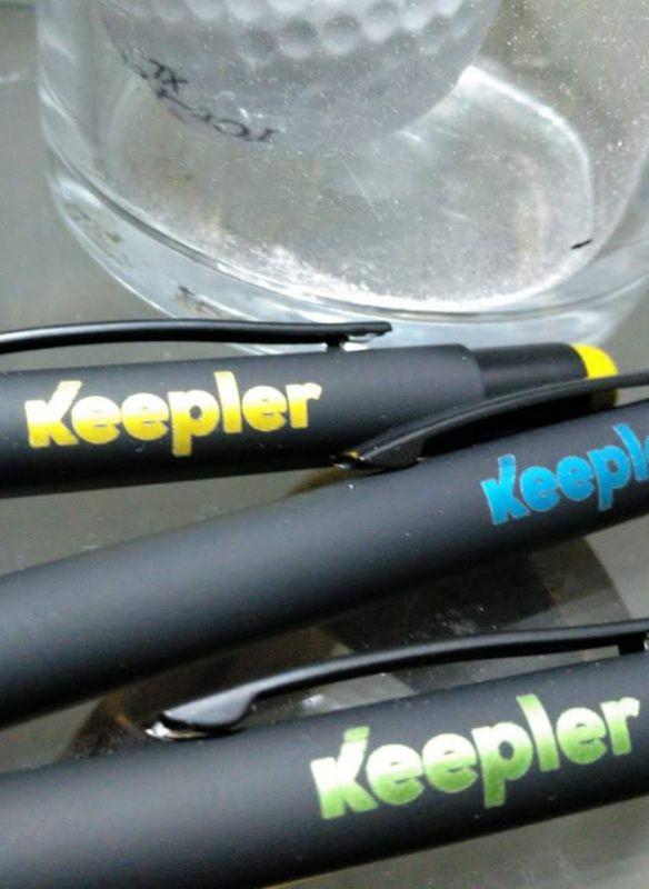 grabación y marcaje láser de bolígrafos láser color